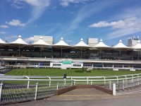 Getting around the Racecourse