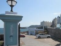 Waterfront Bar & Restaurant