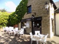 Vibin's Cafe Bar & Grill