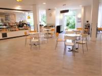 Nash Lounge and Kitchen