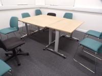 Group Study Room (02-211)