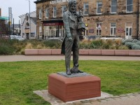 Euston Gardens & Sir Peter Hesketh Statue