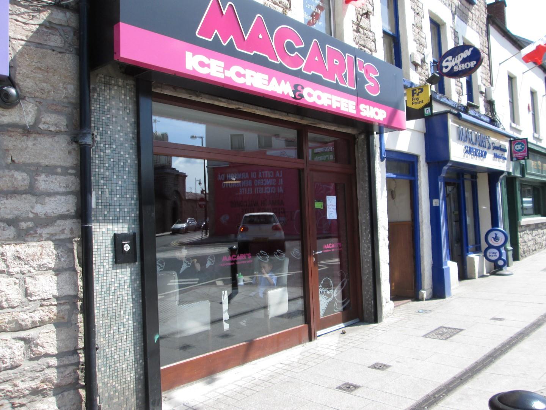 Macari Ice Cream and Coffee Shop
