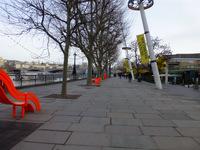 Queen's Walk - between Golden Jubilee Bridges and Waterloo Bridge