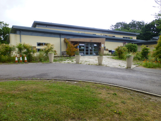 Woodland House - Kent and Medway Adolescent Unit (KMAU)