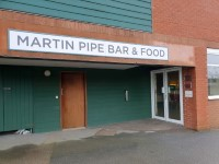 Martin Pipe Bar - Grandstand and Paddock