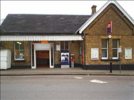 Winchmore Hill Station