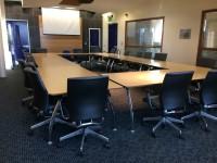F2-16 - Deane Suite Boardroom