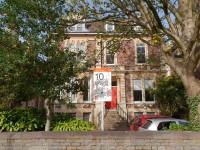 10 Priory Road