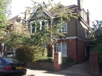 8 Windlesham Road