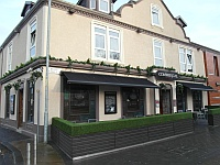 Commercial Hotel and Live Lounge