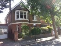 10 Windlesham Road