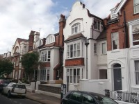 18 Clifton Road